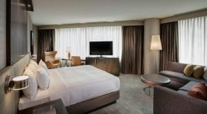 Hyatt Centric Chicago Magnificent Mile Room2