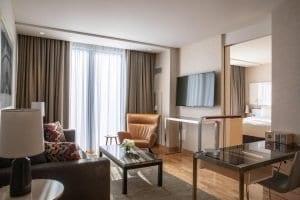 Radisson Blu Aqua Hotel Living