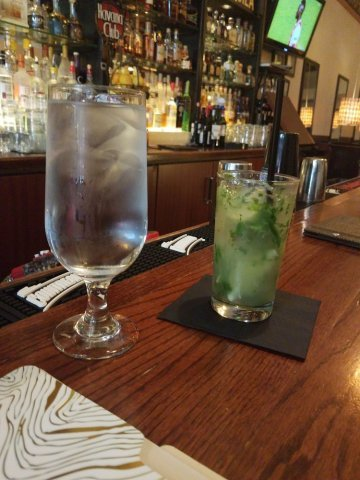 A twist of cold and mint drink at Havana Grill | best brunch places in chicago, brunch in chicago