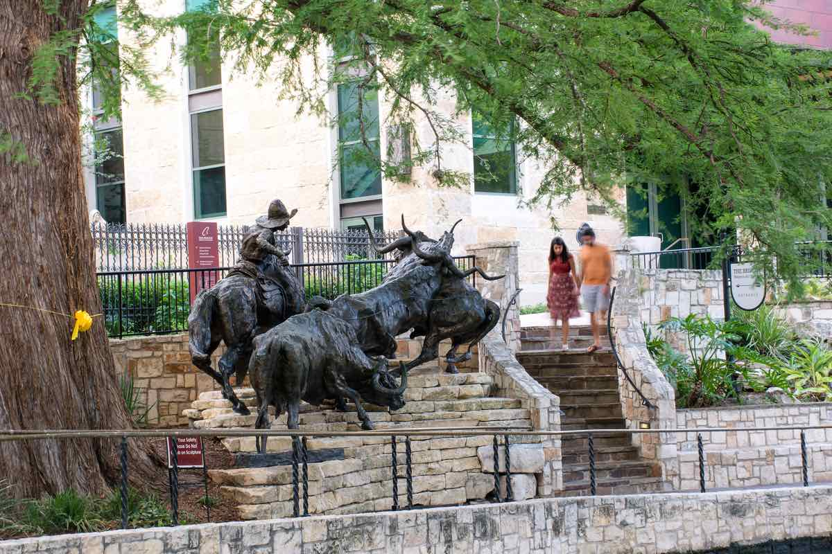 Coming Home to the Briscoe is a statue by artist T.J.Kelsey outside the Briscoe Western Art Museum