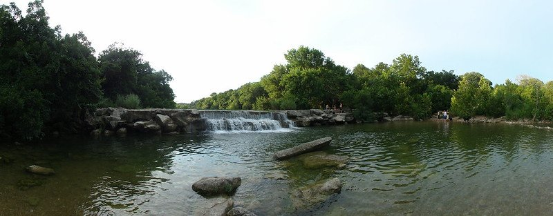 Crystal clear trail of Barton Creek Greenbelt | best things to do in Austin