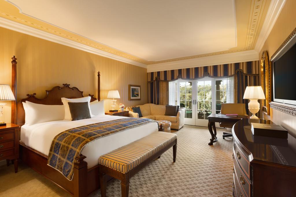 Grand Del Mar bed room
