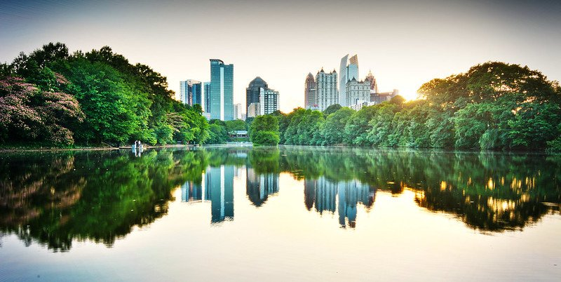 Mirror view of a lake in Piedmont Park | best things to do in atlanta