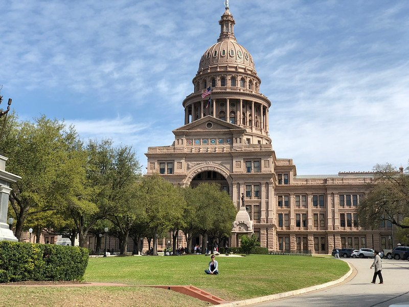 The attractive Capitol Building | best things to do in Austin