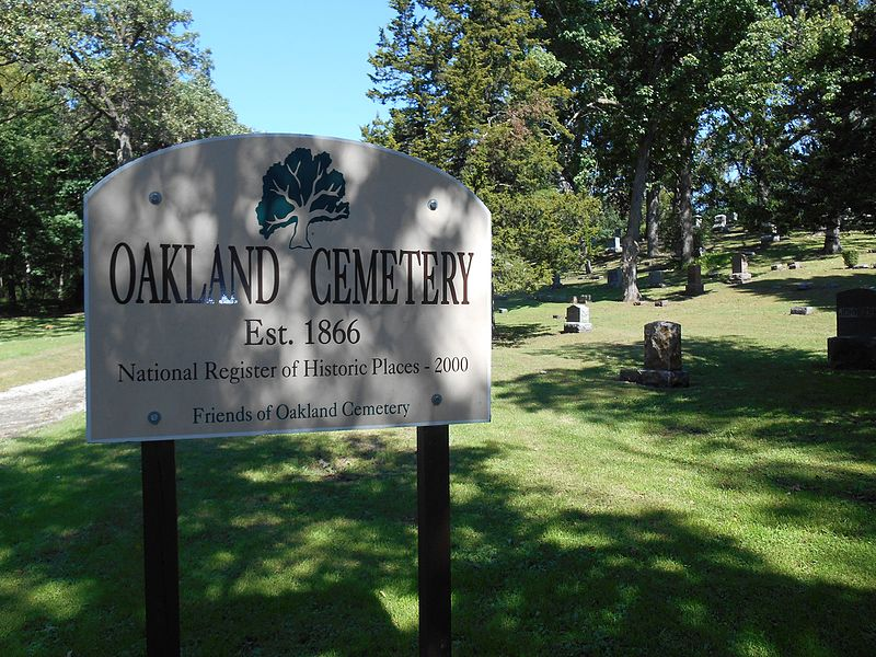 The historic and famous Oakland Cemetery | best things to do in atlanta