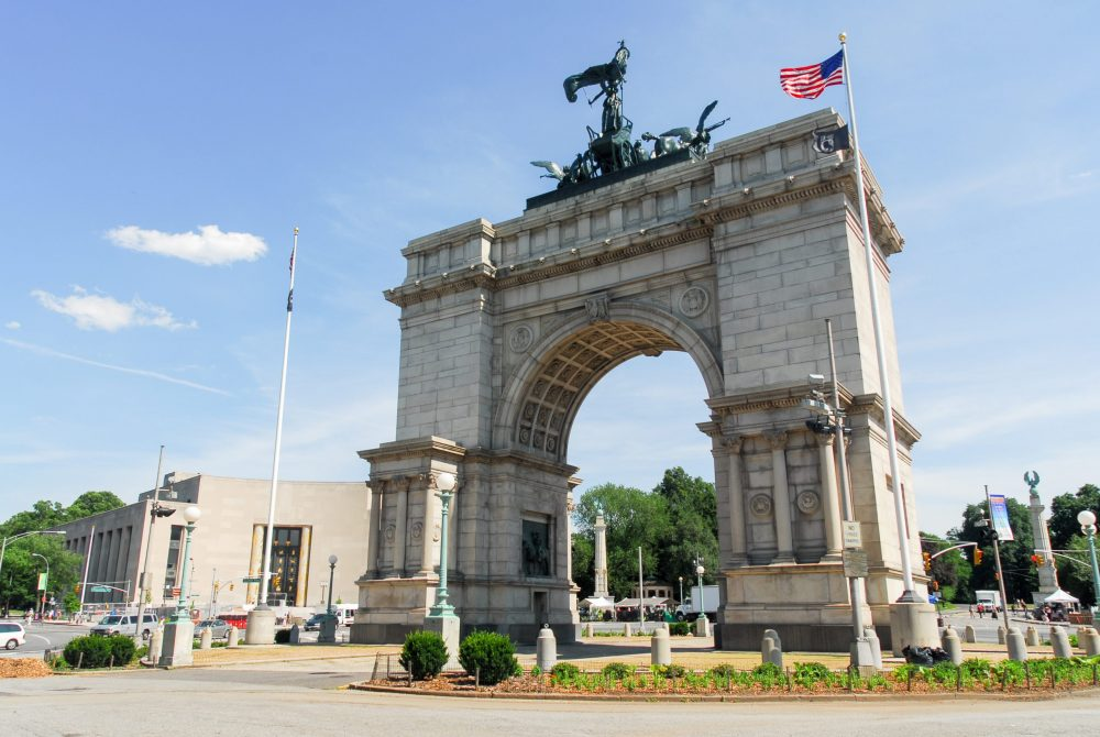 Triumphal Arch at the Grand Army Plaza | things to do in nyc