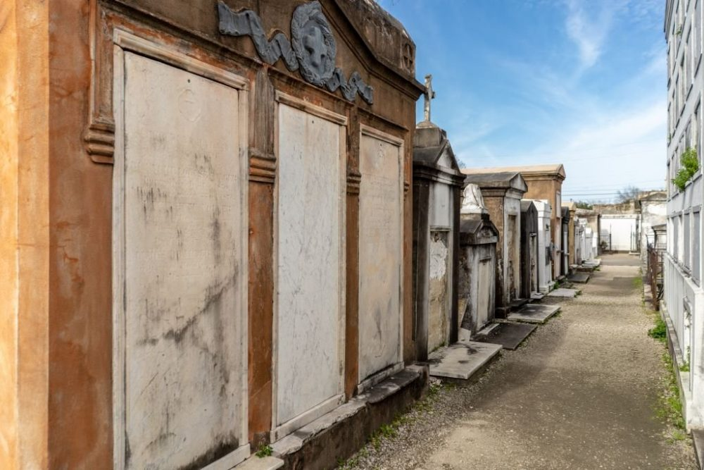 Above-ground graves in the St. Louis Cemetery Number 1 | best things to do in new orleans