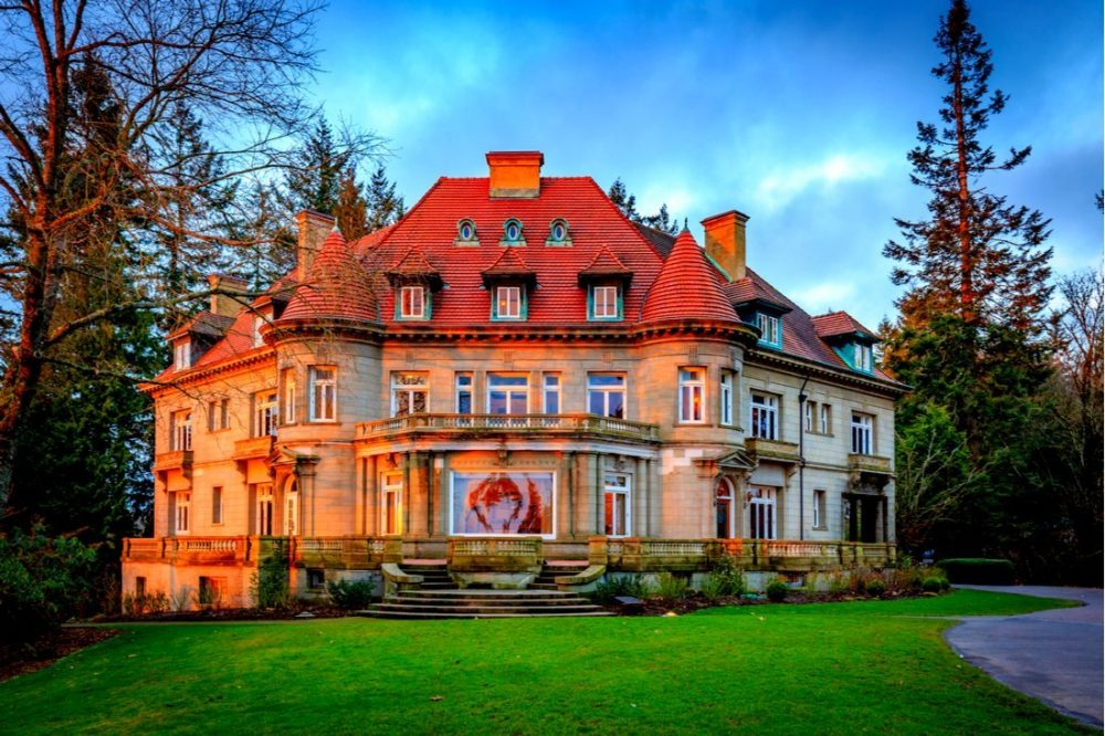 Outside look of Pittock mansion | things to do in portland