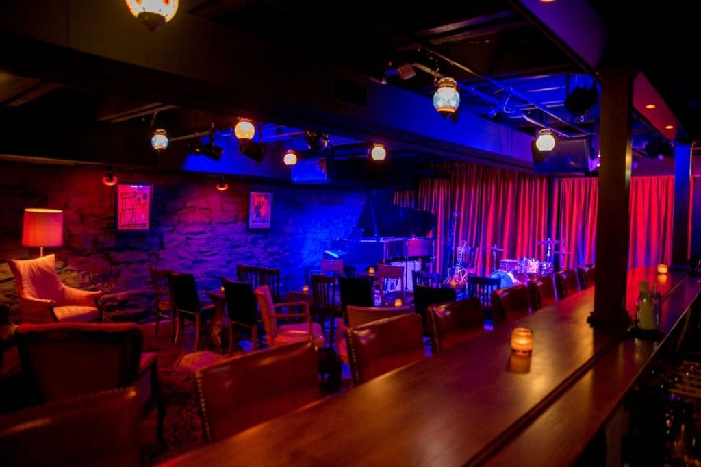 Photo of a room at Rudy's Jazz Room | best things to do in nashville