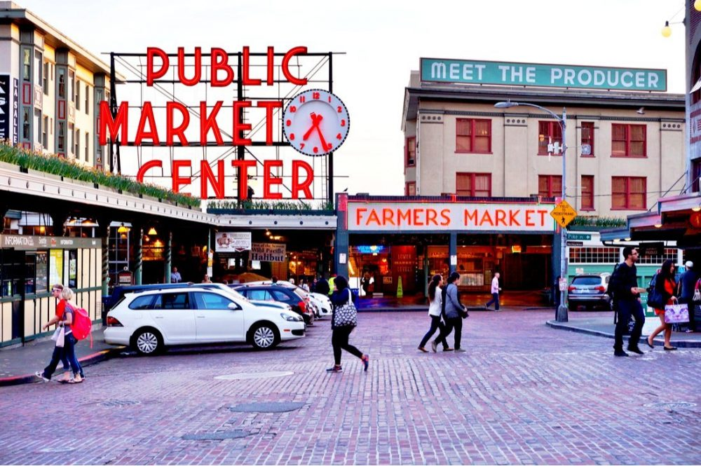 Pike Place Market overlooking the Elliott Bay in Seattle | things to do in seattle