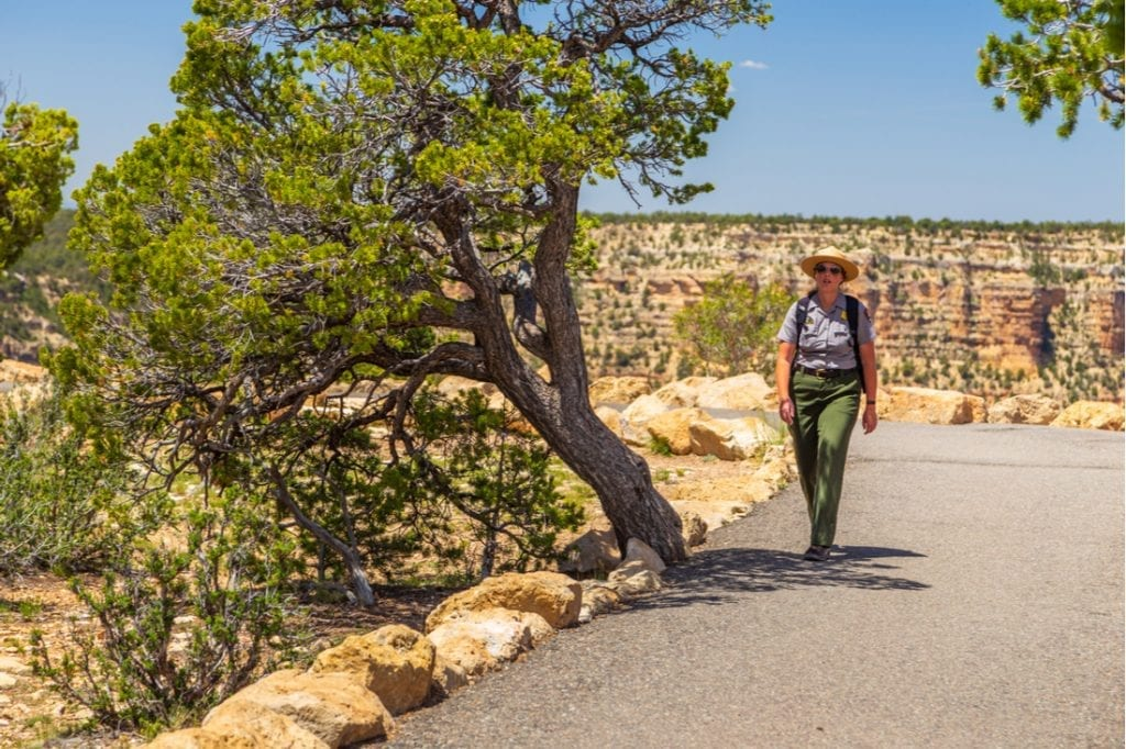Ranger walking along the Rim Trail, Grand Canyon National Park | best things to do in grand canyon