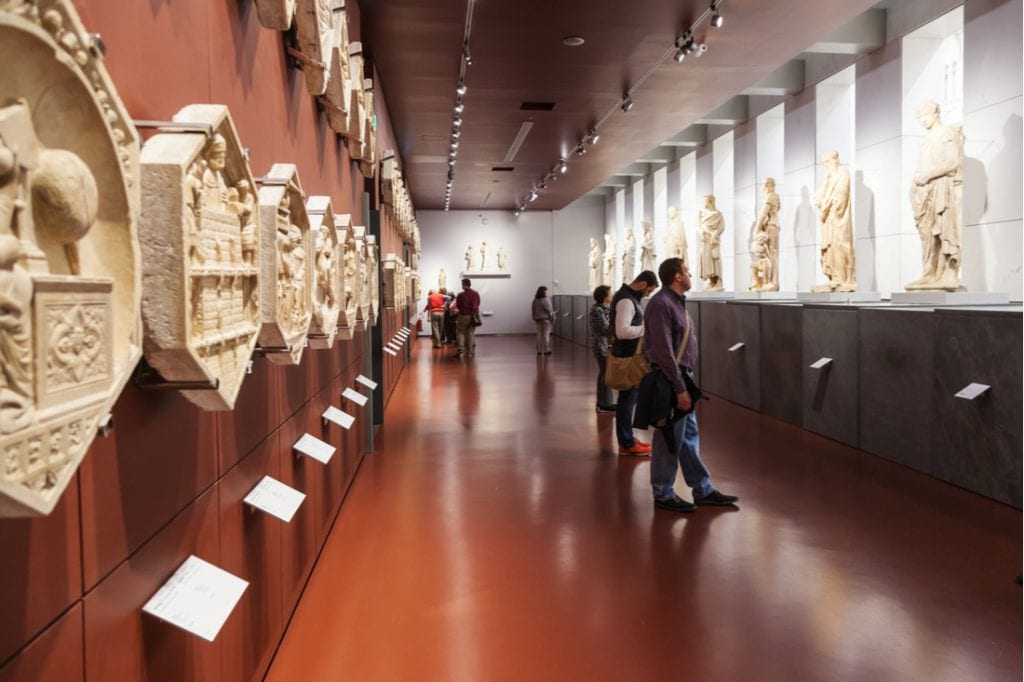 Room with panels and statues in Museo dell Opera del Duomo (Museum of Works of Cathedral)   best things to do in florence