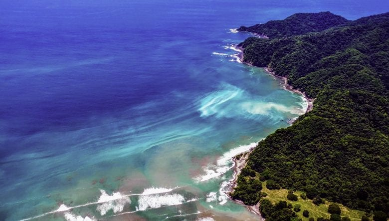 A gorgeous crystal blue oceans of the Nicoya Peninsula | things to do in costa rica