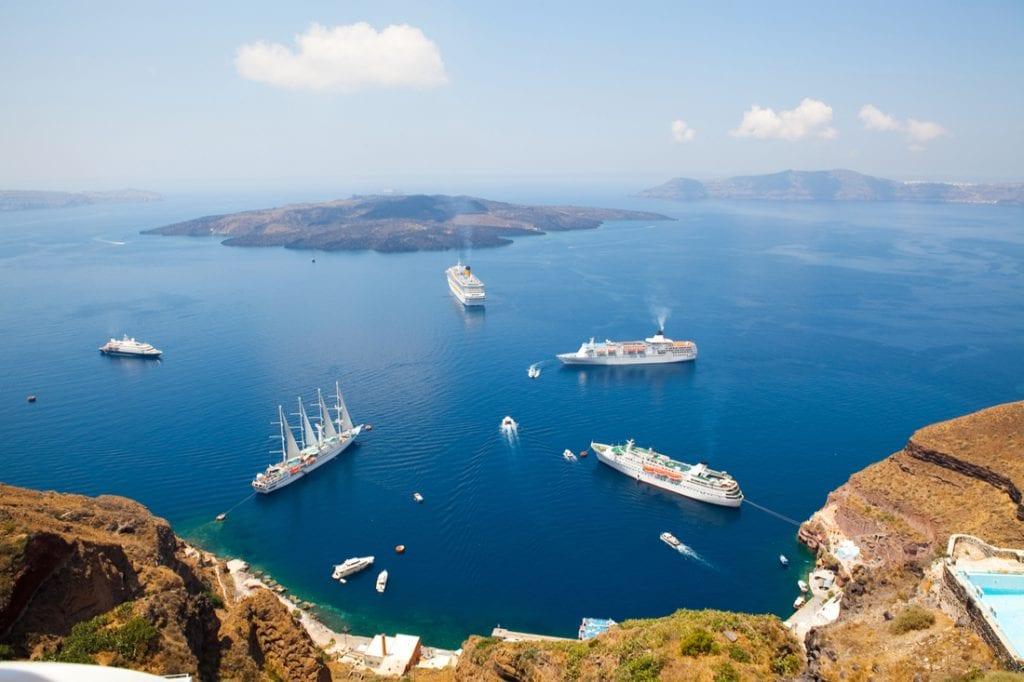 Cruise ships in Thira, Santorini island, Greece | best things to do in santorini