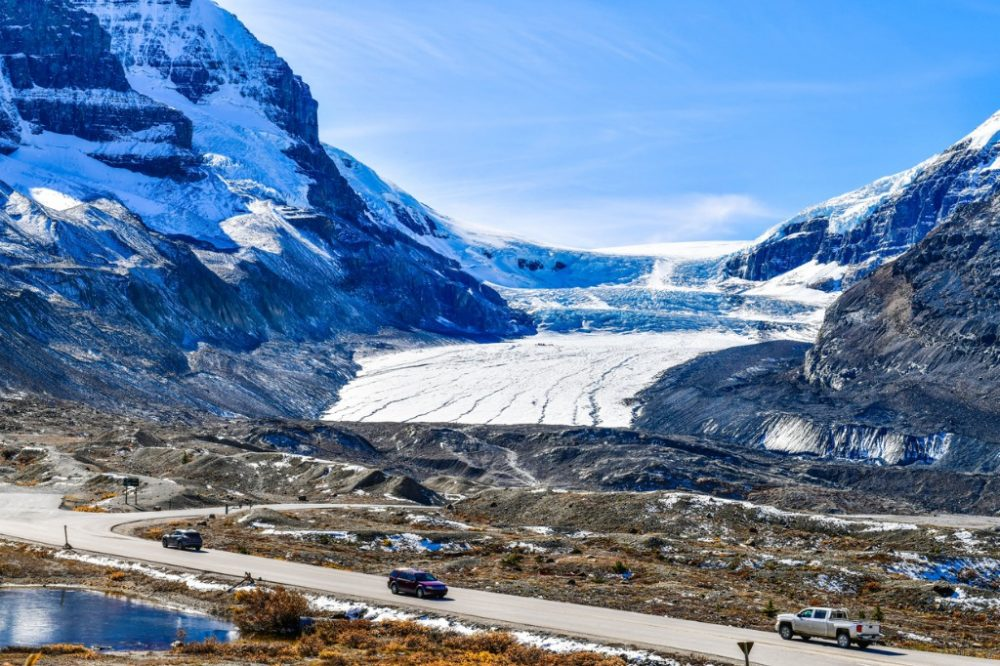 athabasca-glacier-at-columbia-icefield-in-jasper-national-park-canada | things to do in banff